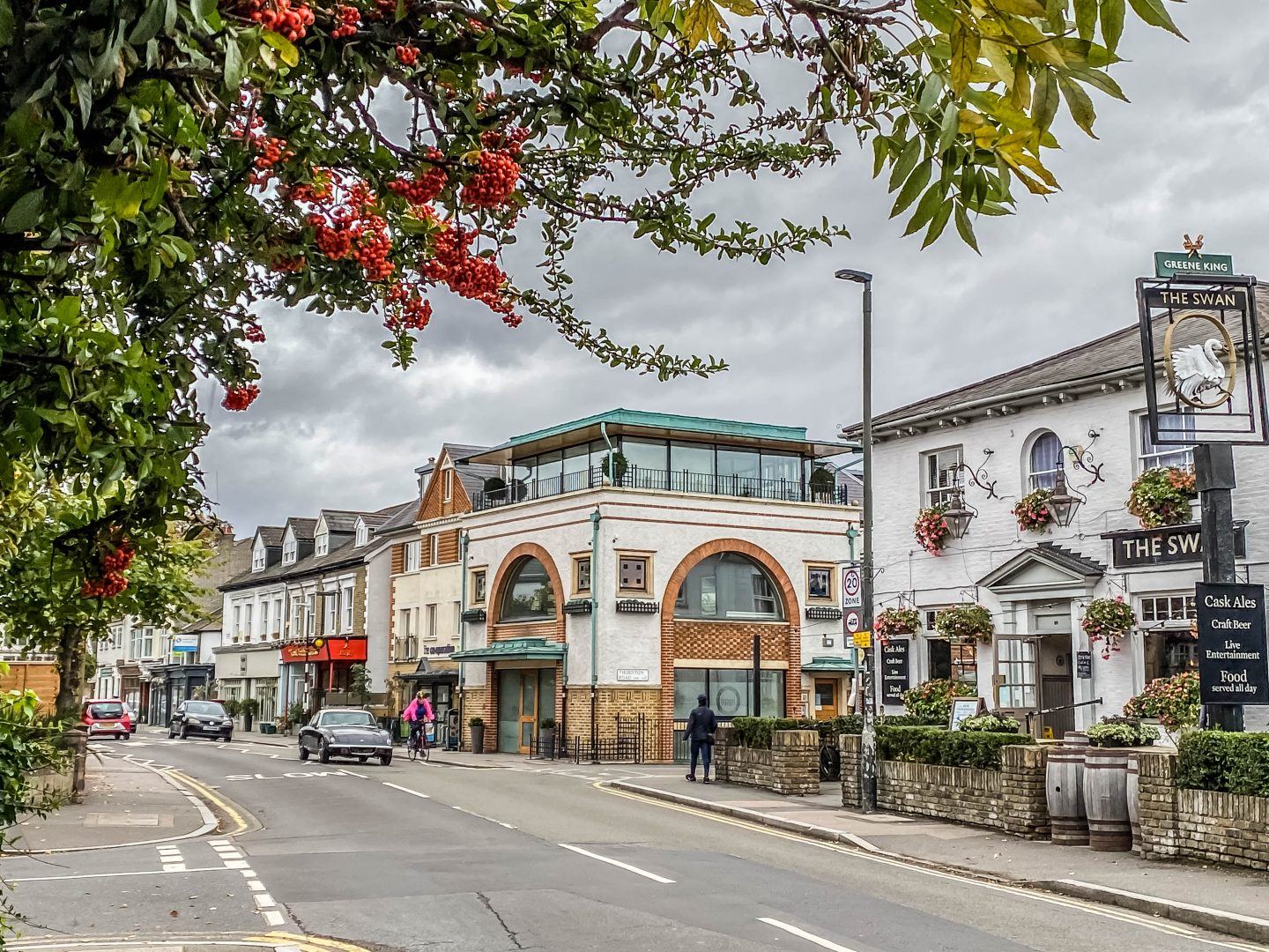Guide to explore Wimbledon village